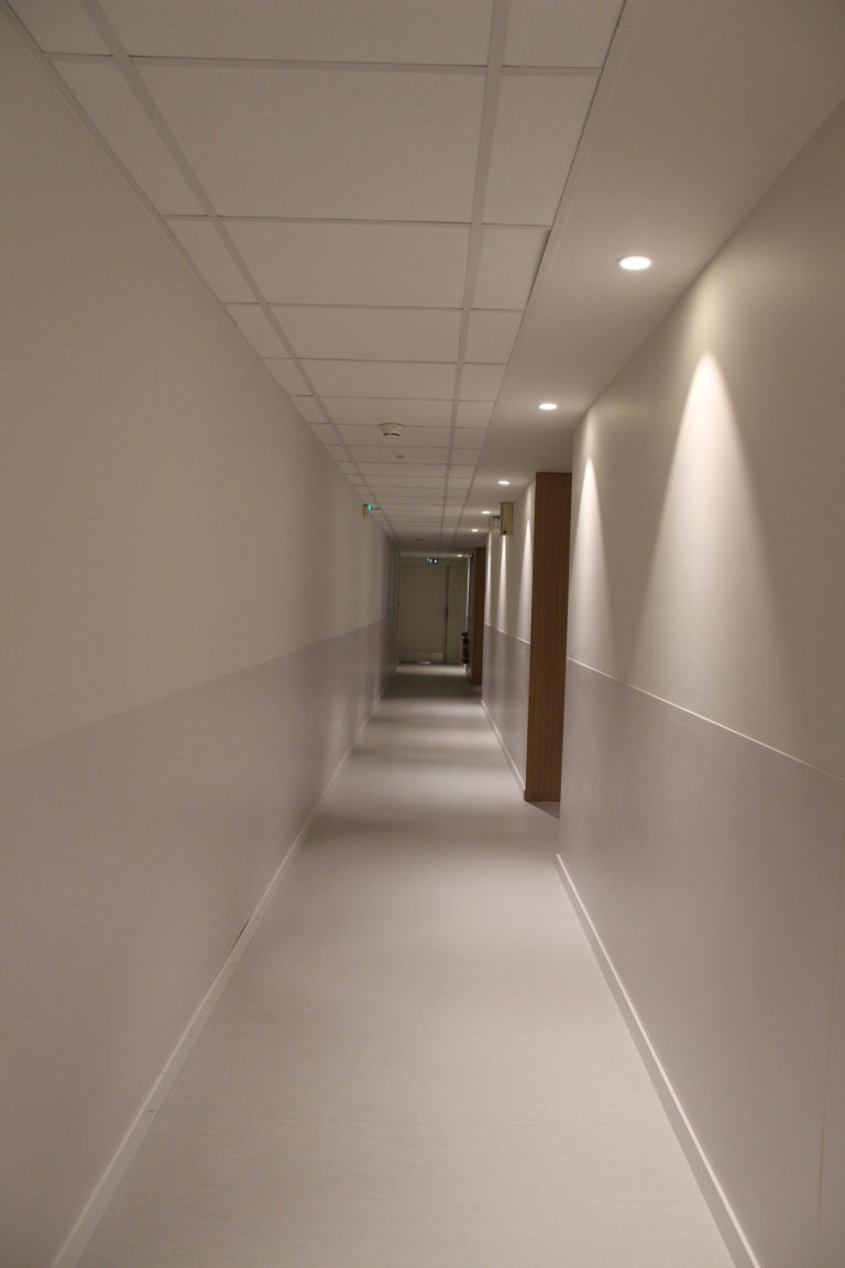 Grégoire ACED architecte théâtre de la cité après travaux, premier couloir